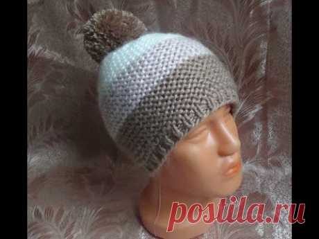 We knit a simple hat spokes. hat knitting