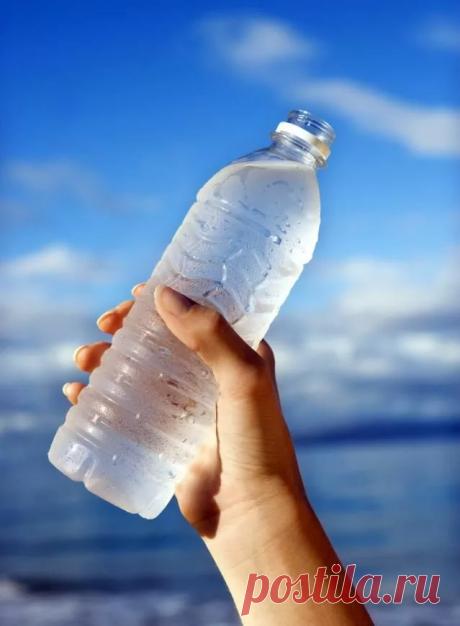 Как обычная бутылка мне помогает сохранять здоровье позвоночника, ног и организма в целом Приветствую на канале дорогие читатели, думаю у каждого в доме найдется обычная пластиковая бутыль — при этом каждый может использовать её для разных целей, особенно … Читай дальше на сайте. Жми подробнее ➡