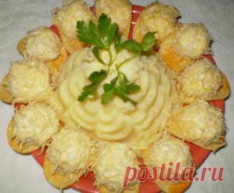 Красивый и оригинальный салат «Рафаэлло» к праздничному столу!
