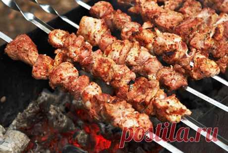 Сочный шашлык для свинины (маринад с аджикой) — Sloosh – кулинарные рецепты