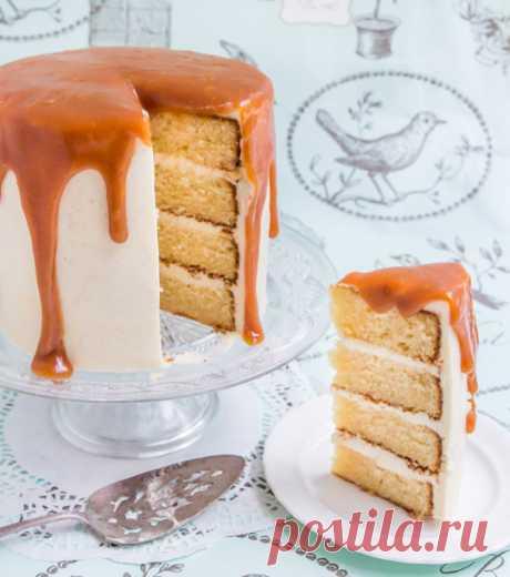 Ванильный торт с соленой карамелью