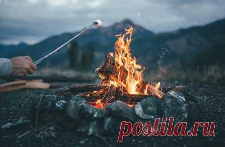 Как во время похода разжечь огонь без спичек🚀