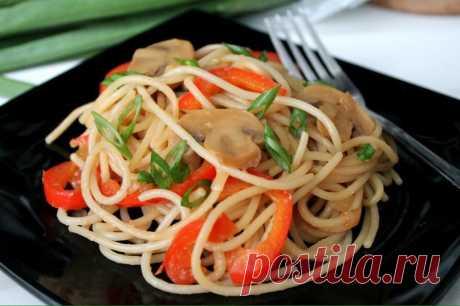 Спагетти с грибами и овощами в мультиварке - Пошаговый рецепт с фото своими руками Спагетти с грибами и овощами в мультиварке - Простой пошаговый рецепт приготовления в домашних условиях с фото. Спагетти с грибами и овощами в мультиварке - Состав, калорийность и ингредиенти вкусного рецепта.