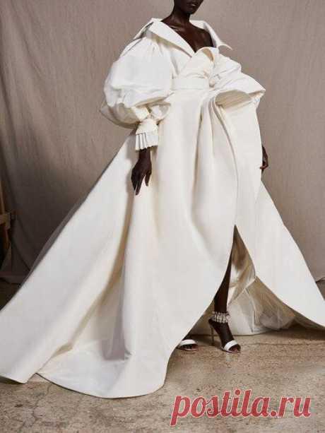 10 самых дорогих нарядов от кутюр