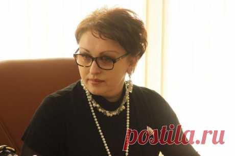 Саратовский министр уволена после слов о возможности прожить на 3,5 тысячи рублей | Общество