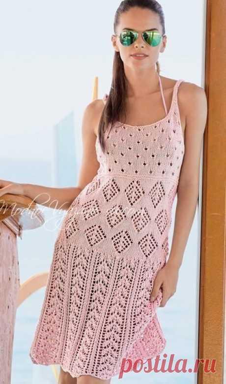 Легкое и красивое платье,связанное спицами,будет для вас отличным нарядом в жаркие солнечные дни