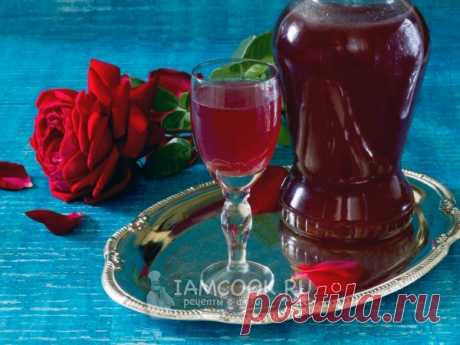 Ликер из лепестков роз — рецепт с фото