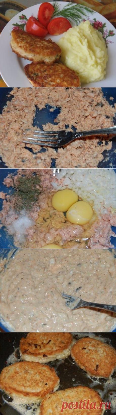 Рыбные оладьи из консервов