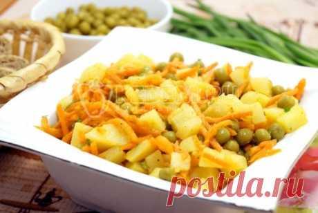 Салат из картофеля с морковью по-корейски Этот необыкновенный, но очень вкусный салат из картофеля с морковью по-корейски внесет разнообразие в ваше меню.