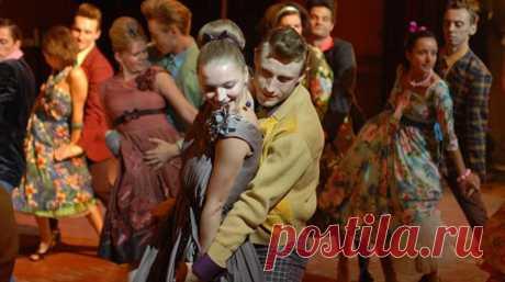 Рок-н-ролл в советских фильмах: «Город Зеро», «Романс о влюбленных», «Юнона и Авось», «Асса».