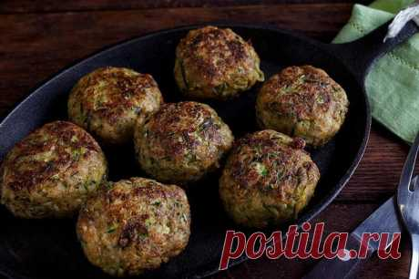 Рубленные котлеты из куриной грудки с кабачком и сыром – пошаговый рецепт с фото.