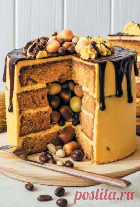Тыквенно-апельсиновый торт с сюрпризом - Это со вкусом! Перед вами оригинальный торт, где вкусовая нота апельсина сочетается с нотой тыквы и усиливается шоколадом. Торт с сюрпризом внутри