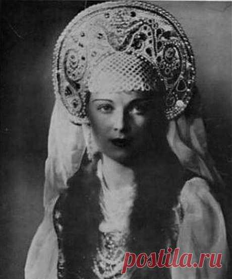 Самые известные победительницы первых конкурсов «Мисс Россия».