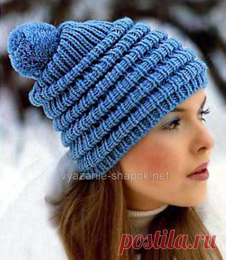 Зимняя шапочка спицами со складочками и помпоном | Вязание Шапок Спицами и Крючком
