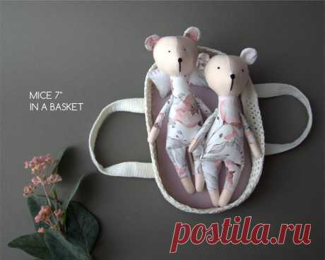 Palm size toy . Fabric mice in the basket . 6 items doll   Etsy
