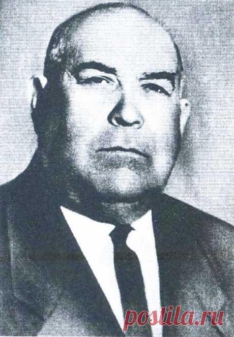 En 1960 que ha comenzado en la dirección de la ciudad de los cambios no ha pasado: el comité ciudadano de la partida — V.P.Karbyshev, L.P.Sedeshev y A.A.Koryagin, el presidente del comité ejecutivo de la ciudad — P. V.Zolotar±v...