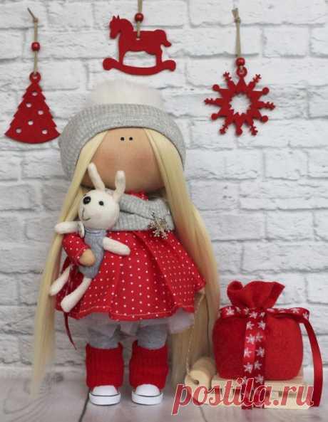 Выкройка интерьерной куклы с большой головой и как её сшить