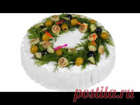 La torta zakusochnyy para la mesa de fiesta. La receta poshagovyy.