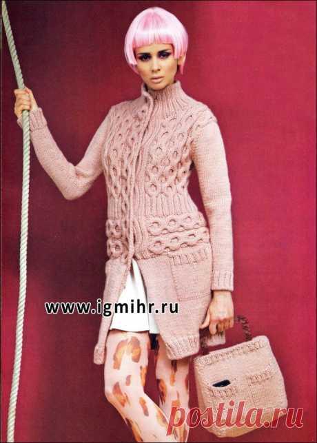 Серо-розовое пальто и сумка, от итальянских дизайнеров. Спицы.