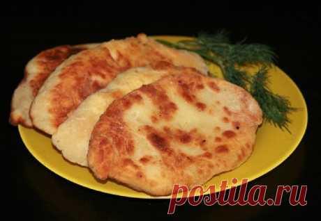Как приготовить лепешки с картошкой и сыром - рецепт, ингредиенты и фотографии
