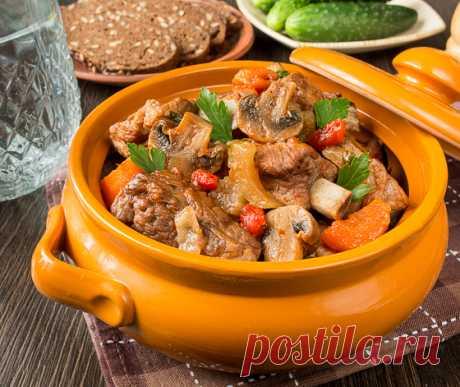Свиные ребрышки в томатном соусе с грибами   Вкусный блог - рецепты под настроение