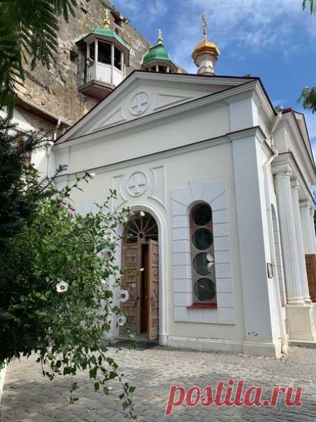 Инкерман свято-климентовский монастырь