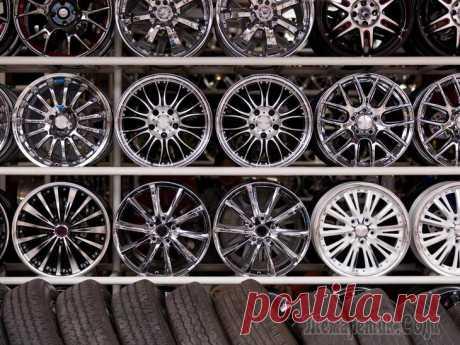 От эстетики до функциональности: как выбрать колесные диски Шина – лишь один из элементов автомобильной обуви, точнее, подошва, и про это мы уже рассказывали. Остальная часть колеса, обеспечивающая, в частности, комфорт и безопасность при движении, – это колес...