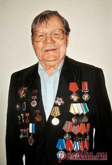 Народный артист СССР актер театра и кино Пуговкин Михаил Иванович 13.07.1923 - 25.07.2008;