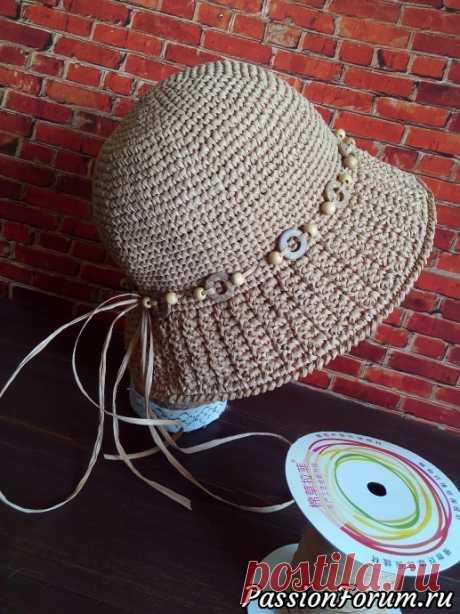 Шляпа-панама из рафии   Вязаные крючком аксессуары