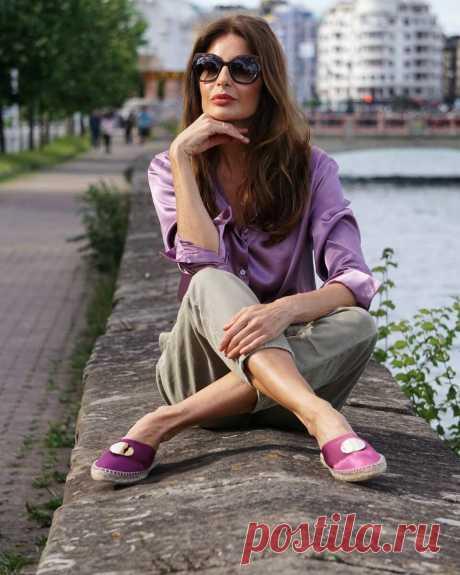 СМОТРИТЕ: 7 уловок, благодаря которым зрелая женщина выглядит моложе своих лет