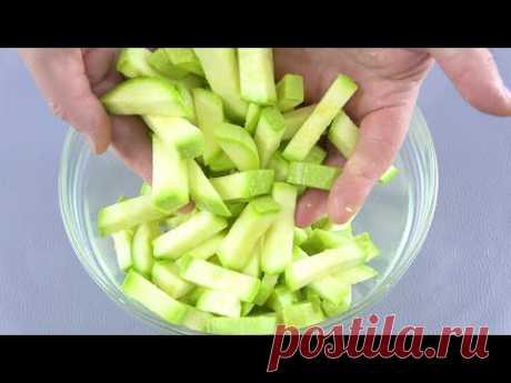 Нарезаю КАБАЧКИ брусочками и готовлю из них ЭТО! Жена с дочкой в восторге - YouTube