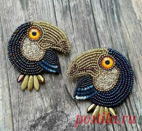 (9) Bead embroidered birds ! | Brooch