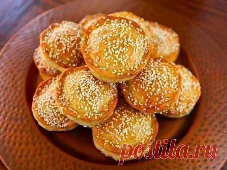 Мини - пироги с мясом и рисом