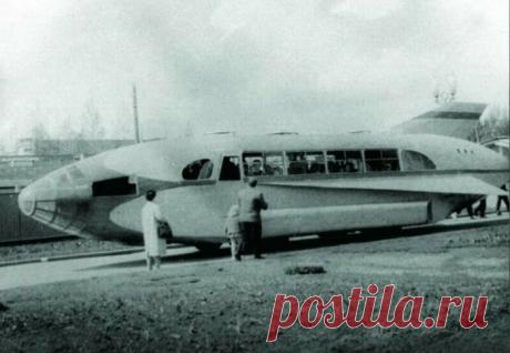 Самый необычный автобус ЛАЗ-695 в виде самолета