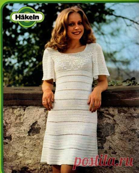 Белое платье филейным ажуром
