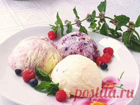 Домашнее мороженое. Сливочный пломбир с ягодами. Пошаговый рецепт с фото - Ботаничка.ru