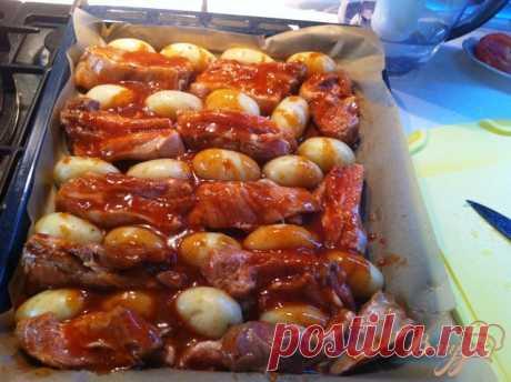 Свиные ребра в кисло-сладком маринаде с картофелем - рецепты с фото на vpuzo.com