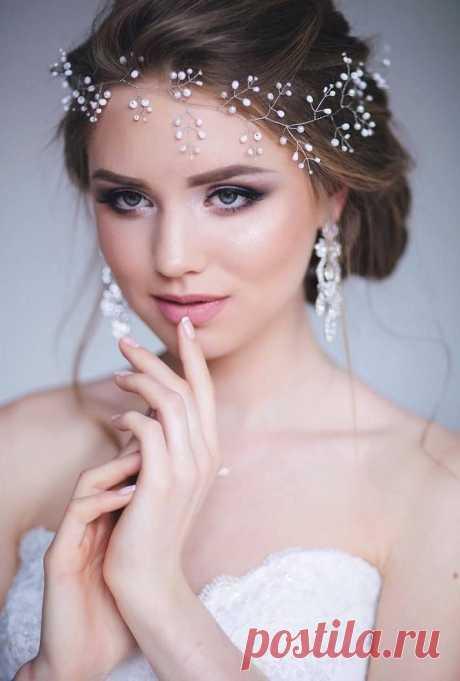 693ec9253b6fc573ab820e117940d03c-hairstyle-bridal-headpieces.jpg (Изображение JPEG, 713×1056 пикселов) - Масштабированное (90%)