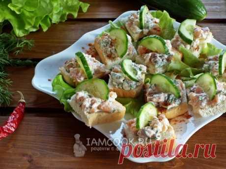 Бутерброды с красной рыбой и сливочным сыром — рецепт с фото, шаг за шагом.