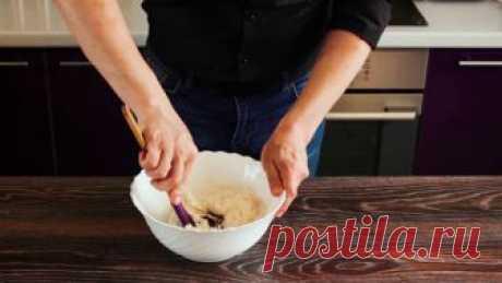 Китайские пирожки Баоцзы          Попробуйте приготовить легкие китайские пирожки баоцзы. Начинка у таких пирожков может быть совершенно разнообразной. В данном рецепте баоцзы готовятся со свининой, имбирём и специями.   Для …