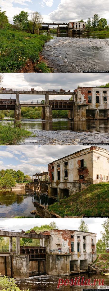 Заброшенная ГЭС в городе Порхов. Её строили 4 года, проработала она всего 8 лет и больше не нужна   Рекомендательная система Пульс Mail.ru