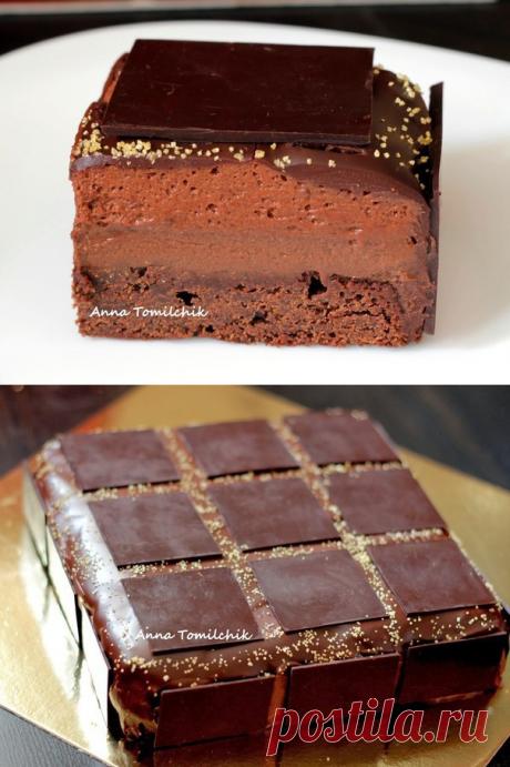 Абсолютно шоколадный торт от Пьера Эрме.