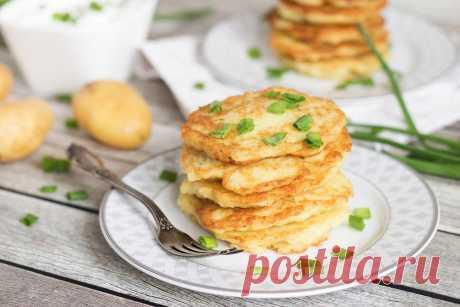 Постные драники картофельные с луком рецепт с фото - 1000.menu
