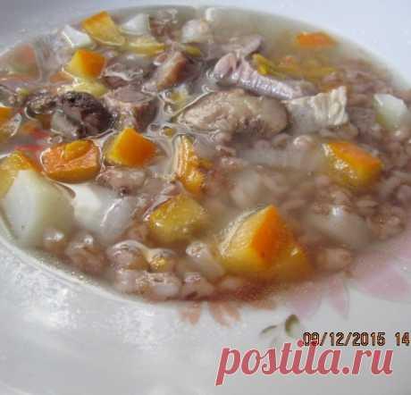 Густой суп с говядиной, тыквой и перловкой