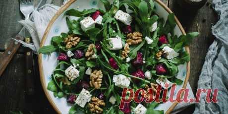 10 вкусных и красивых салатов с грецкими орехами - Лайфхакер