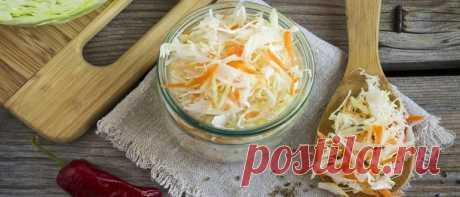 Квашеная капуста: классические рецепты на зиму Квашеная капуста: классические рецепты на зиму. Пошаговые рецепты с фото хрустящей и очень вкусной соленой капусты в банках или бочке. С морковью, клюквой.