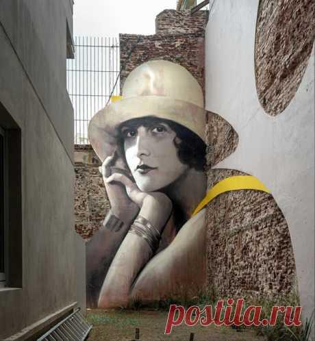 "(2) Я плохой on Twitter: ""Граффити в глухом тупике. Автор Martin Ron muralist, Сан-Тельмо, Буэнос-Айрес, Аргентина. https://t.co/sZkhsP8ZIV"" / Twitter"