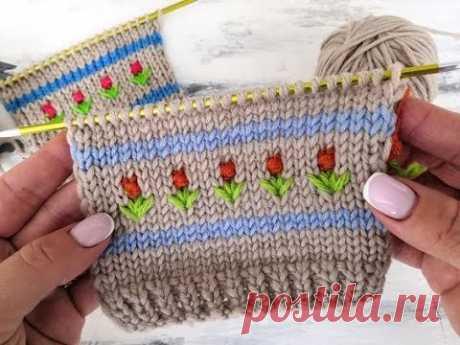 Красивый узор с цветочками спицами для вязания свитеров, шапок, платьев