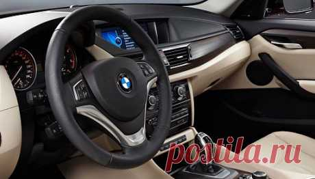 Купить BMW X1 (БМВ X1) у официального дилера | в продаже новый автомобиль BMW X1 по цене от 1290000 руб в Москве