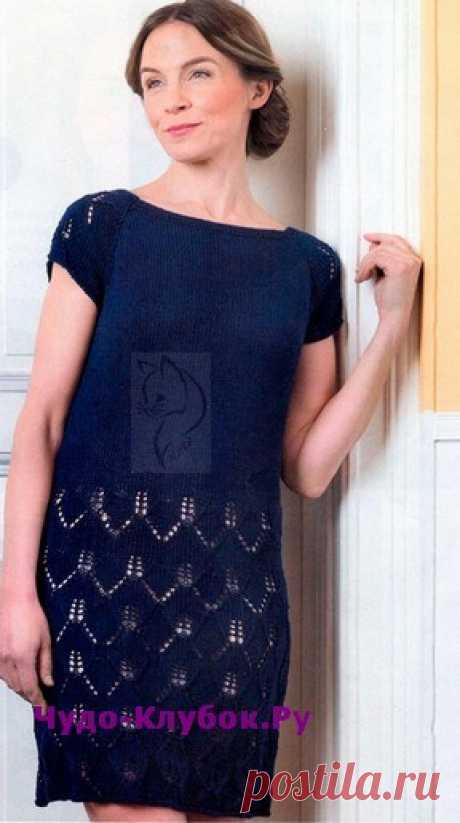 Платье-туника с ажурным узором вязаное спицами 872   ✺❁сайт ЧУДО-клубок ❣ ❂✺Весна - время преображения, вдохновения и... красивых платьев. Эталон женственности - маленькое черное платье с ажурным узором. ❂ ►►➤6 000 ✿моделей вязания ❣❣❣ 70 000 узоров►►Заходите❣❣ %